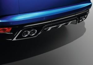 Land_Rover-Range_Rover_Sport_SVR_2015_Krasnodar10