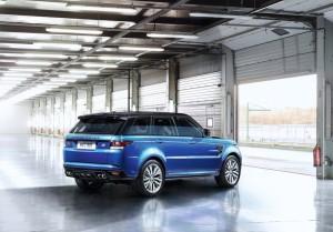 Land_Rover-Range_Rover_Sport_SVR_2015_Krasnodar3